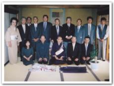 東大寺の館長さんと記念撮影