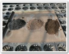 燻炭と腐葉土と黒土