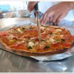 隆治スペシャルのピザ