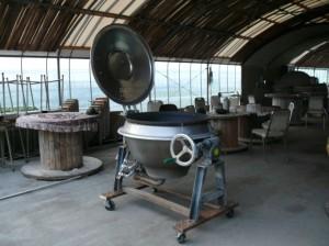 特大の鍋窯を改良