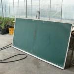 教室にある大きめの黒板