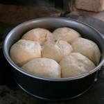 異なる種類のパンを焼く