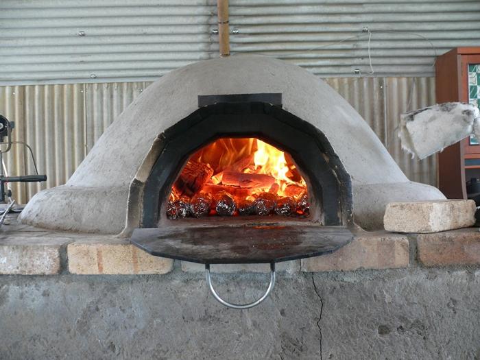 土窯を暖める