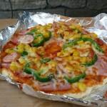 焼けたピザ