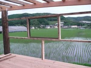 学美屋の窓風景