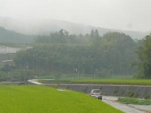 雨の日の千歳町