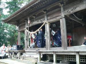 平尾神社でお祭りのご挨拶