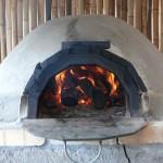 ピザ窯と火