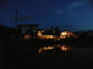 夜明かりと十時花園
